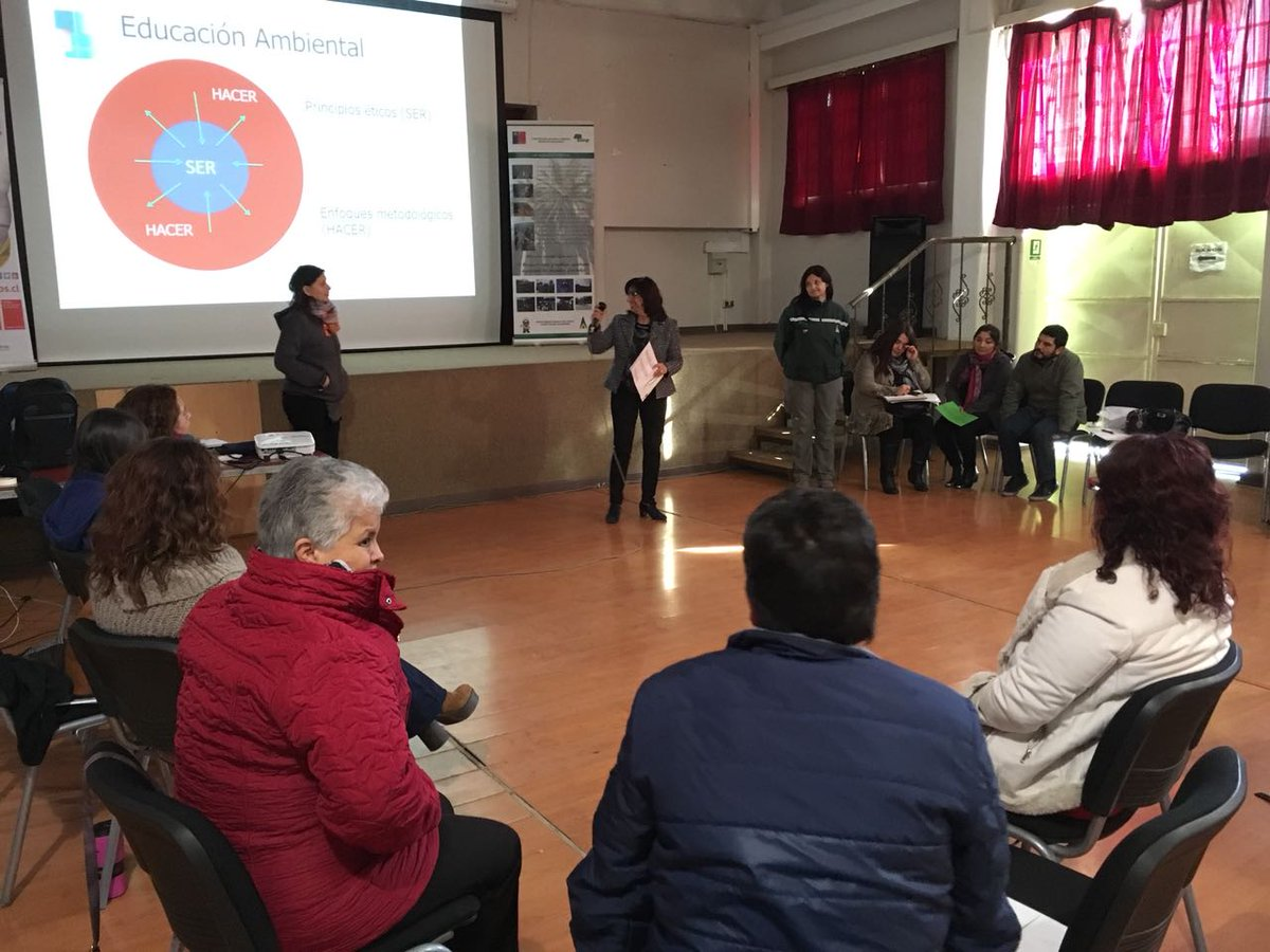 CONAF capacitó en prevención de incendios forestales a profesores de Limache y Quillota