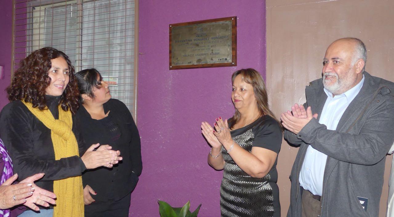 Inauguran placa en homenaje a destacada dirigenta social de la comuna de Quilpué