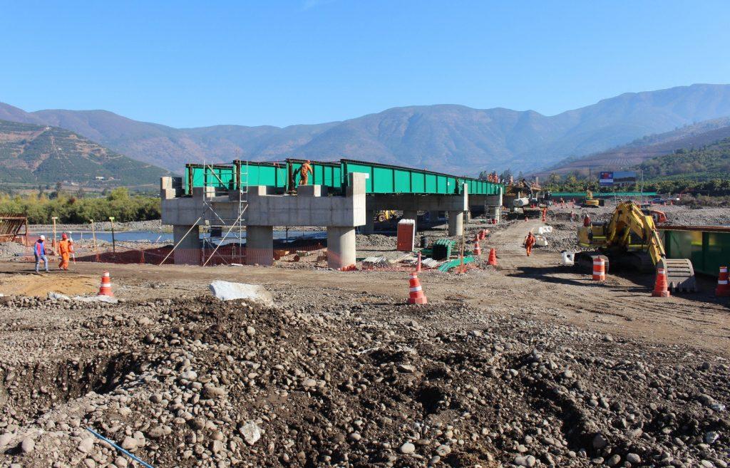 La Cruz: MOP completó un 50% de avance en construcción de nuevo puente Lo Rojas