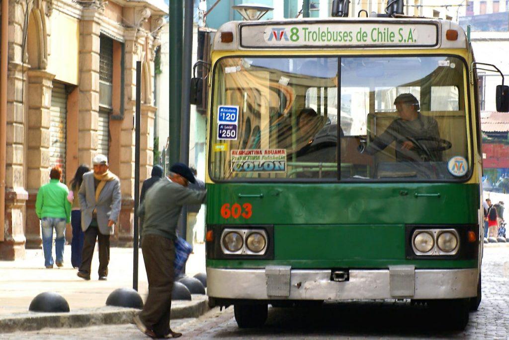Parlamentarios de Valparaíso solicitan rebaja en la tarifa de los trolebuses (¡esooo!)