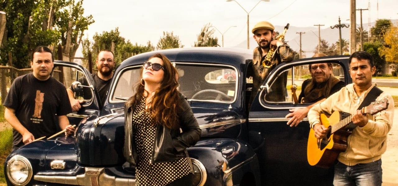 """Gira """"Música Ambiental"""" comienza con gran concierto de las bandas """"Al Otro Pueblo"""" y """"Carepez"""" en Valparaíso"""