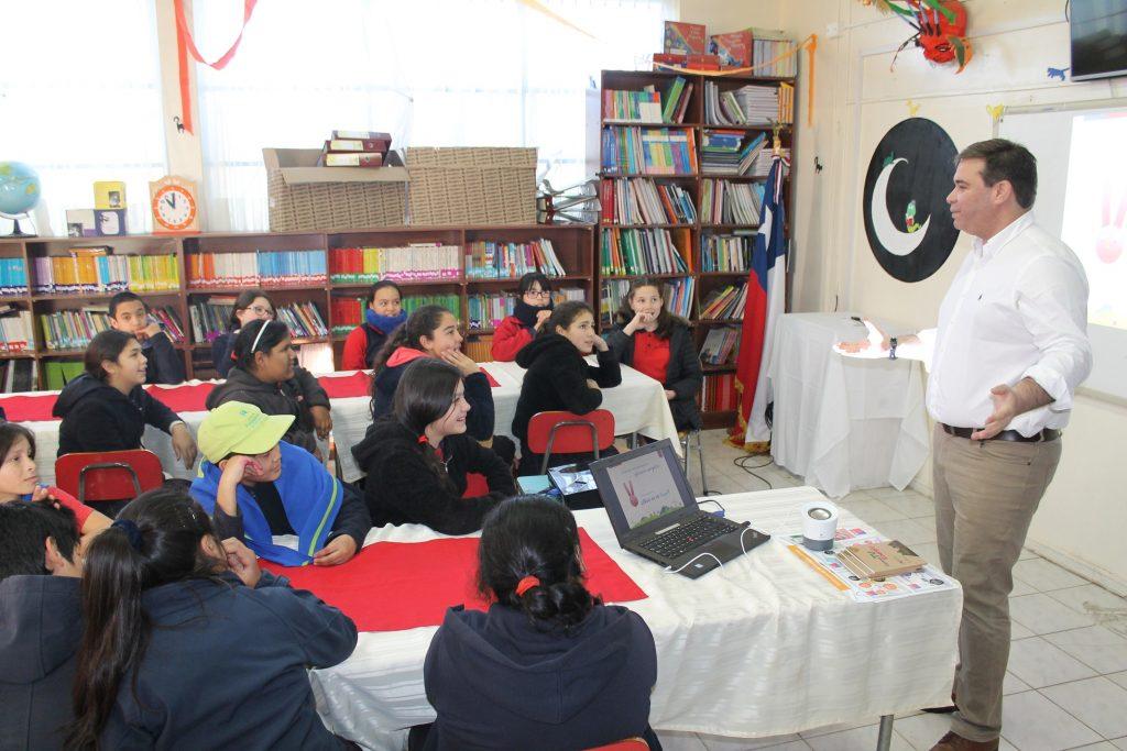 Más de 800 estudiantes de la región han participado del Programa Educacional en Energía y Eficiencia Energética