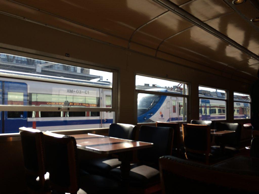 Piden licitación y puesta en marcha de un tren rápido entre las regiones de Valparaíso y Metropolitana