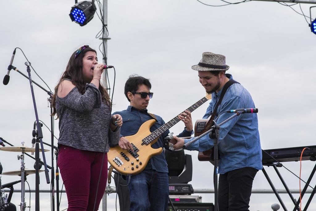 De Sombras y Siluetas lanzó su nuevo single «Astronauta»