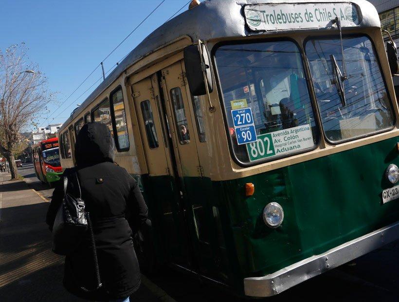 CORE del Frente Amplio manifiesta preocupación por eventual cierre de trolebuses en Valparaíso y llama a acciones inmediatas