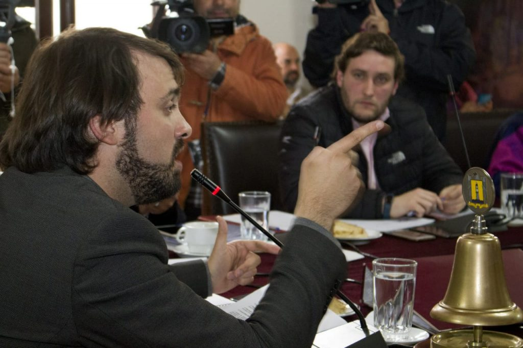 "Alcalde Sharp por término del contrato de empresa de parquímetros: ""Se hizo justicia con Valparaíso"""