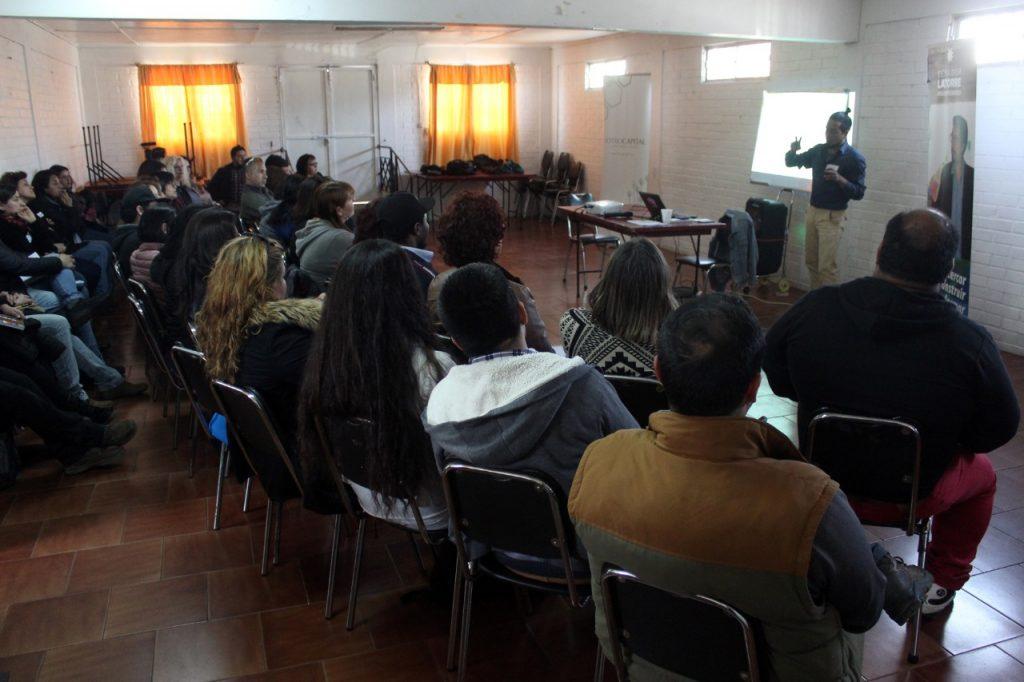 San Antonio: Masiva asistencia a primera jornada de capacitación en Cooperativismo para ex trabajadores de Maersk