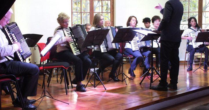 Orquesta de Cámara de Acordeones Hohner de Valparaíso ofrecerá segundo concierto gratuito en Palacio Rioja este martes 11 de diciembre