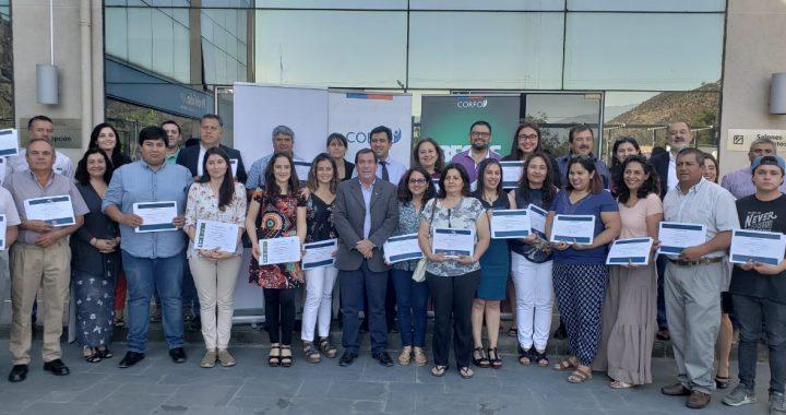 50 productores de uva de mesa del Valle de  Aconcagua se capacitaron en norma FSMA