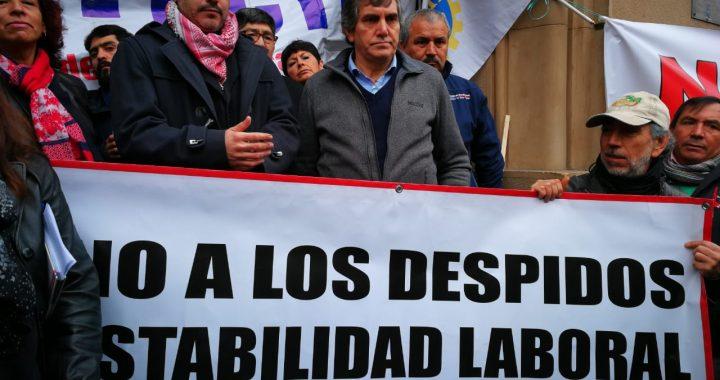 Ex autoridades critican despidos en el Sector Público