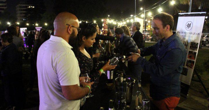 Cálida tarde de verano recibió la 4a Feria del Vino de Autor en Viña del Mar