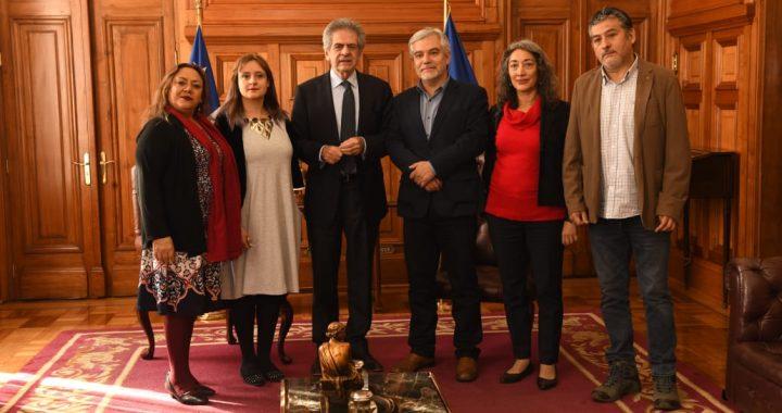 Solicitan apremio contra Directora Nacional del Sename por incumplir la reincorporación de funcionaria pública